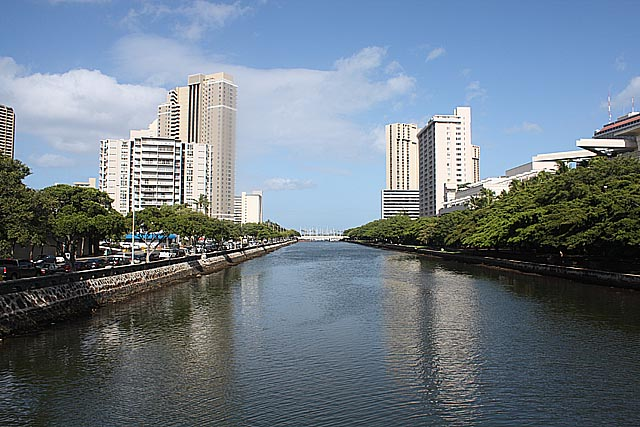 Arriving In Honolulu 2009